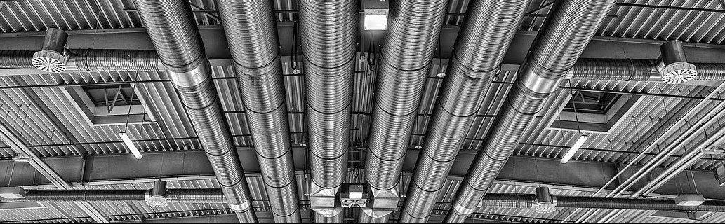 Montaje, reparación y mantenimiento de equipos de aire acondicionado, climatización y ventilación - extracción en Vélez Málaga, Torre del Mar, Nerja, Torrox, Algarrobo, Rincón de la Victoria y comarca de la Axarquía